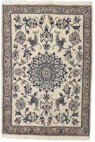 Nain Teppe 91X134 Ekte Orientalsk Håndknyttet Lys Grå/Beige (Ull, Persia/Iran)